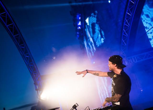 Avicii på Summerburst Festival 2015 på Gärdet i Stockholm.